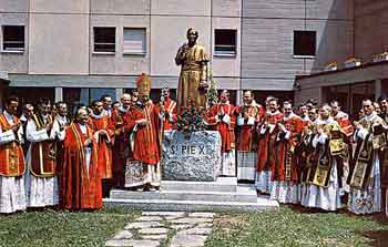 [Image: 13priests-and-subdeacons.jpg]